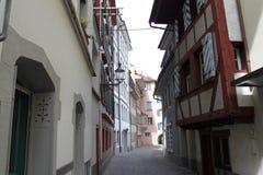 Schmale alte Straße Lizenzfreie Stockfotos