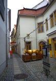 Schmale alte Straße Deutschland Stockfotografie