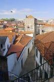 Schmale mittelalterliche Straße Stockfotos