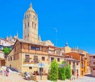 Schmale mittelalterliche Straßen der Stadt von Segovia, nahe Madrid Stockfoto