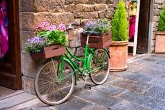 Schmale Straße in Florenz Stockbilder