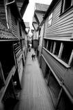 Schmale Straße von Bergen Stockbild