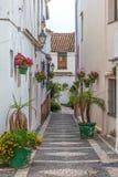 Schmale Straße in Spanien Stockbild