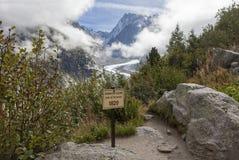 Schmelzender Mont Blanc Glacier herein in Chamonix - waagerecht ausgerichtetes indicaton stockfotos