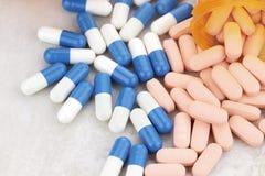Schmerz-Pillen Stockbilder
