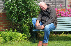 Schmerzlicher Fuß, Verletzung oder Arthritis lizenzfreies stockbild