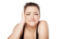Schmerzliches Ohr lizenzfreies stockbild