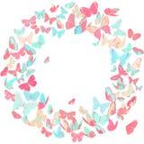 Schmetterlingsrahmen, Kranzgestaltungselement im Rosa und Blau Stockfotografie