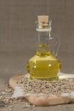Schmieröl in einer Glasflasche Stockfotografie