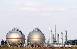 Schmieröl- und Chemikaliendepot und Vorratsbehälter Stockfoto