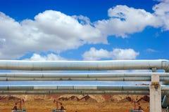 Schmieröl und Erdgasleitungen Stockbild