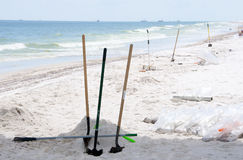 Schmieröl wäscht sich an Land im Pensacola-Strand Lizenzfreies Stockfoto