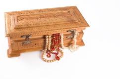 Schmucksachekasten mit Juwelen Stockbild