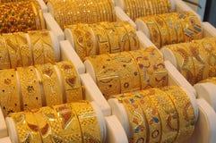 Schmucksachen Dubais am Gold Souq Stockbild