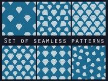 schmucksachen Satz nahtlose Muster mit Diamanten Der facettierte Diamant vektor abbildung
