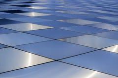 Schmutz und Entlastung Abstraktes Architekturmuster Farbige Metallplatten Stockbild