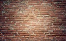 Schmutzbacksteinmauer-Beschaffenheitshintergrund mit Weinlese und Vignette t Stockfotos