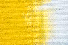 Schmutzgrenzgelbfarbe des abstrakten gelben Hintergrundes umrandet weiße mit weißem Segeltuch, Weinleseschmutz-Hintergrundbeschaf stockfotografie