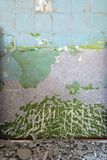 Schmutzige gelöschte Wand Stockfotos