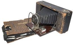 Schmutzige Kamera der Weinlesephotographie-Broschüre lokalisiert  Lizenzfreie Stockfotos