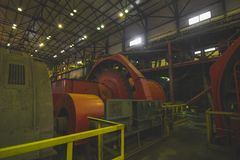 Schmutzige kupferne Fabrik Stockfotografie