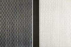 Schmutzige und saubere Luftfilter Stockfotografie