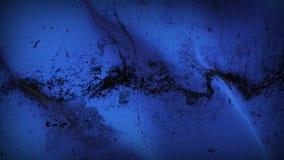 Schmutziges fahnenschwenkendes des blauen Schmutzes auf Wind stockfotos