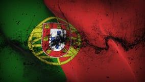 Schmutziges fahnenschwenkendes Portugal-Schmutzes auf Wind lizenzfreie abbildung