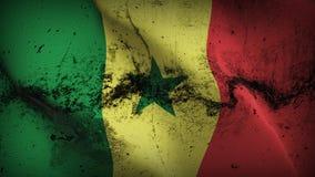 Schmutziges fahnenschwenkendes Senegal-Schmutzes auf Wind lizenzfreie abbildung