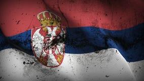 Schmutziges fahnenschwenkendes Serbien-Schmutzes auf Wind stock abbildung
