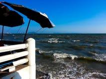 Schmutziges Meer Stockfoto
