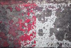 Schmutzrot und Weißzementboden Stockfoto