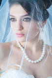 Schöne Braut im Studio Stockfotografie