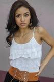 Schöne junge Latina-Frau Stockbilder