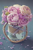Schöne rosafarbene Rosen Lizenzfreie Stockfotos