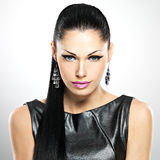 Schöne sexy Frau mit Zaubermodemake-up von Augen und von gl Stockbild