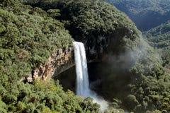 Schnecken-Wasserfall Lizenzfreie Stockfotos