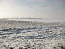 Schnee auf dem Gebiet Stockfoto