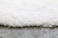 Schnee auf Metalldach Lizenzfreies Stockfoto