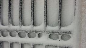 Schnee auf Wand stock video footage