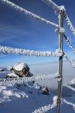 Schnee bedeckte Handlauf Lizenzfreie Stockfotografie