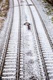 Schnee bedeckte Schienen in der Stadt Lizenzfreies Stockfoto