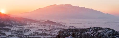 Schnee bedeckte Tal Stockbild