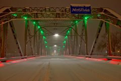 Schnee Coverd-Brücke zu North Dakota Lizenzfreie Stockfotografie