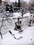 Schnee deckte Zaun ab Lizenzfreie Stockfotos