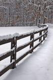 Schnee deckte Zaun ab Stockbilder