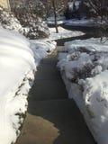 Schnee entlang Schritten Stockfotos