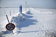 Schnee-geblockte Straße Lizenzfreies Stockfoto
