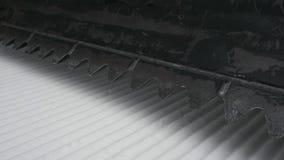 Schnee Groomer mit der Rührstange Nahaufnahmesonderkommandos des Schnee Groomer 4K stock footage
