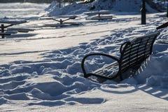 Schnee im Park Stockbilder